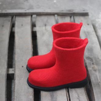 Валяні чоботи , валянки, валяне взуття Валяные сапоги, полусапоги, валенки