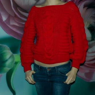 Укороченный свитер красного цвета