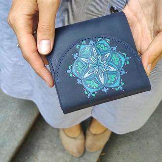 Маленький кожаный кошелек портмоне с ручной росписью орнаментом женский