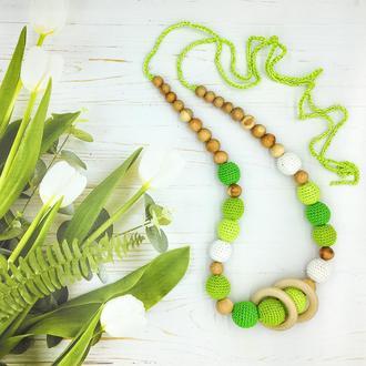 Можжевеловые слингобусы с деревянными колечками, салатово-зеленые