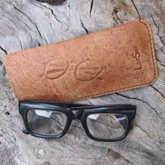 Кожаный чехол для очков,футляр из кожи для очков,кожаная очечница,