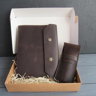 Подарок руководителю_набор аксессуаров: кожаная обложка на блокнот+пенал_шоколад