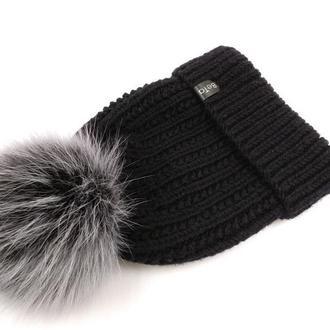 Трендовая зимняя шапочка