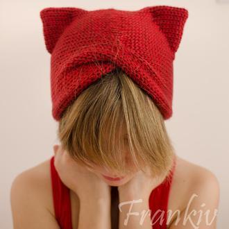 Соковита червона шапка чалма з вушками