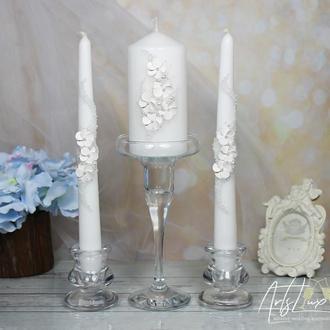 Набор свадебных свечей с белыми цветами и жемчугом