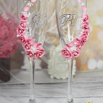 Свадебные бокалы с розовыми розами, инициалами, ручной росписью и жемчугом