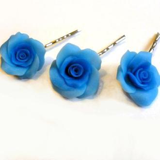 Заколки-невидимки с голубыми розами