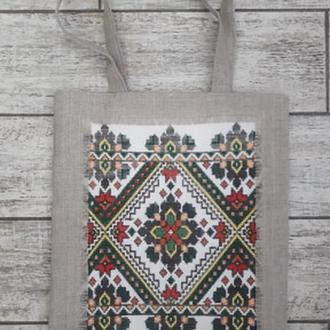 Эко сумка, украшена вышивкой крестиком.