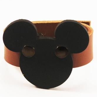 Кожаный браслет из коричневой кожи с Микки Маусом от мастерской Wild