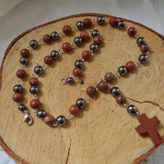 Розарий (бусы-четки) унисекс из красной яшмы с крестом ′Молитва′