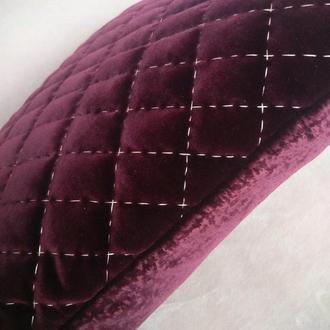 Декоративная бархатная подушка