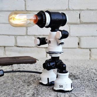 """Настольная лампа робот """"Универсальный светильник"""""""
