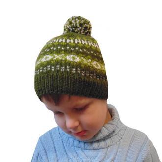 Зимняя шапка для ребенка с помпоном
