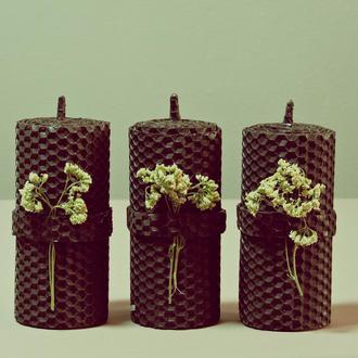 Набор из трёх свечей из чёрной вощины