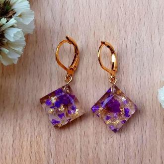 Фиолетово-золотые серьги с цветами