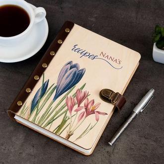 Персонализированный блокнот для рецептов в деревянной обложке с цветочным принтом