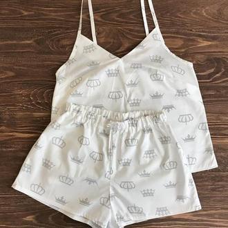 Пижама белая с шортами Короны XS