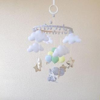"""Мобиль """"Слоник на воздушных шарах"""""""