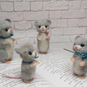 Мышка. Мышонок. Фигурка мыши. Игрушки мыши