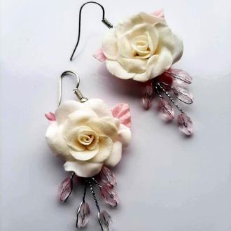 Серьги с белыми розами