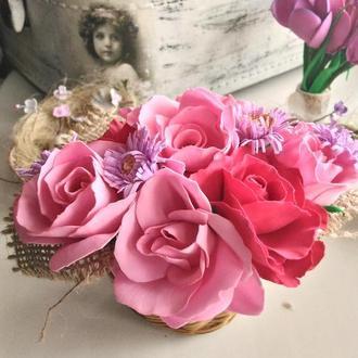 Корзинка нежных роз