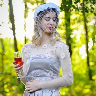 Белая свадебная вуаль , цветочный обруч с вуалью , ободок с цветами и вуалью