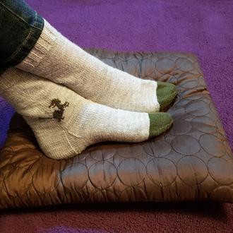 Носки плотной вязки с динозавром