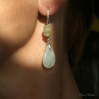 Серебряные серьги с пренитом, серебряные серьги с зеленым камнем, серебряные серьги с камнями