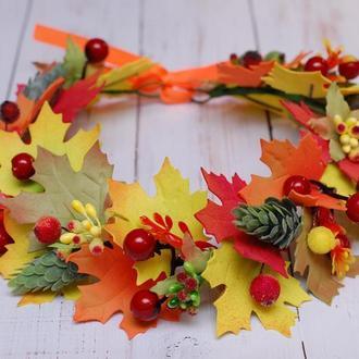 Венок веночек с осенними листьями на праздник осени