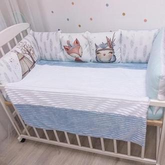 защита в кроватку и постельное белье