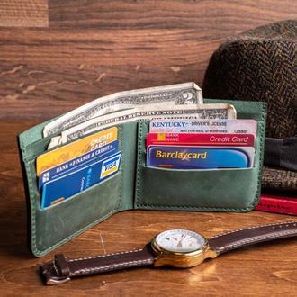 Мужской кожаный кошелек Ник из натуральной кожи в зеленом цвете, 10 цветов на выбор 0038
