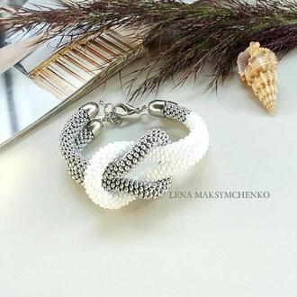 Браслет ′White&silver′из чешского бисера