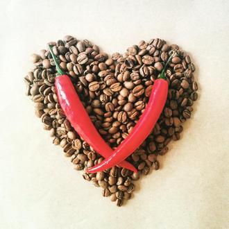 Заряжающий кофейный скраб для тела