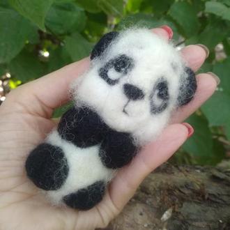 "Игрушка валяная  из шерсти ""Панда малыш"""