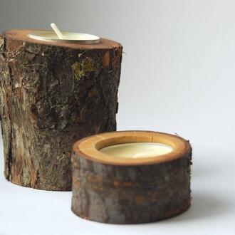Пара подсвечников из дерева, со свечой