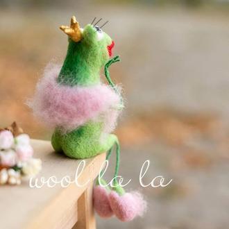 """""""Царевна Лягушка"""" ждёт своего принца ...  , Игрушка из Шерсти , Подарок Интерьерные игрушки"""