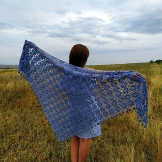 Голубая шаль, эксклюзивный женский аксессуар