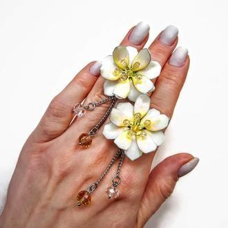 Нежные серьги-цветы в гавайском стиле