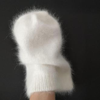 Белая шапка бини пушистая кролик ангора Bregoli design ручная работа итальянская пряжа