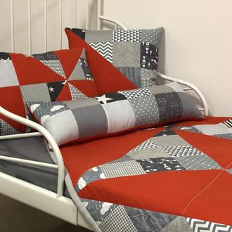 """Декоративне покривало та 5 подушок. Комплект""""RED and GRAY"""" покривало + подушки."""