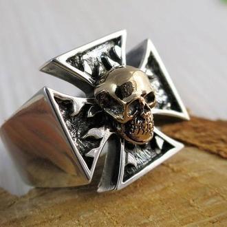 Перстень ′ЧЕРЕП З ХРЕСТОМ′ (срібло, латунь)