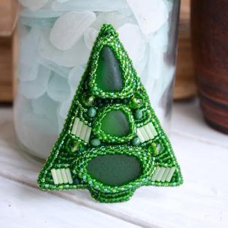 Брошь - елка, Новогодняя елка, Зеленая брошь, Новогоднее украшение, Вышитая брошь