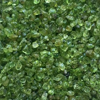 Натуральный камень крошка Хризолит 2-5 мм 10 гр