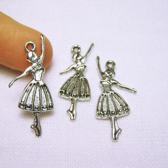 Металлическая подвеска балерина цвет античное серебро для украшений