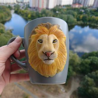 Чашка со львом