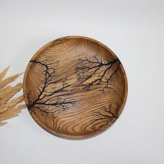 Тарілка з дерева для фруктів