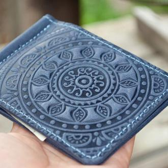 Зажим для денег кожаный синий с орнаментом тиснение солнце