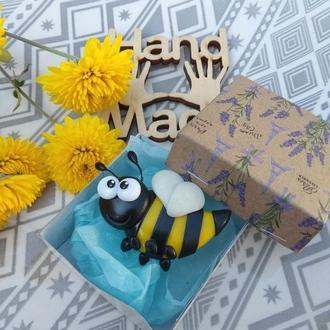 Брошка Шалена бджілка