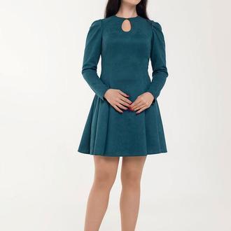 Платье приталенное из замши