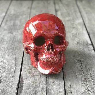 Череп керамический красный